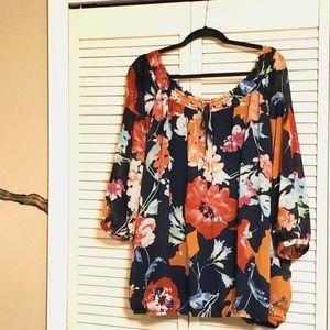 Signature collection flower blouse 3x
